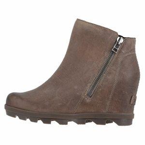 SOREL Joan of Arctic Wedge II Zip Boots